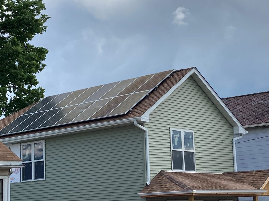 Low-Income Solar Impacts Local Habitat for Humanity Project